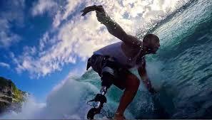 """Un atleta """"speciale"""" nel gotha dei surfisti"""
