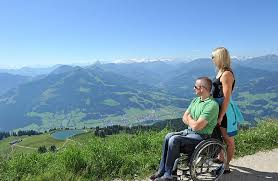 Sentieri facili e accessibili per aprire a tutti le Dolomiti
