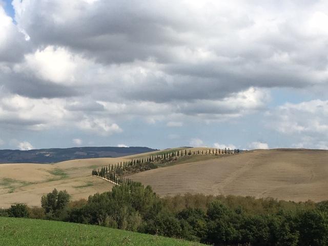 Via Francigena contromano, siamo arrivati in Toscana
